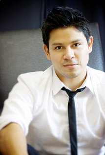 Edwin Perez Actor